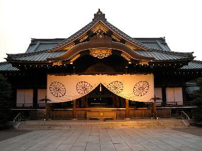 고이즈미 일본 총리, 신사참배