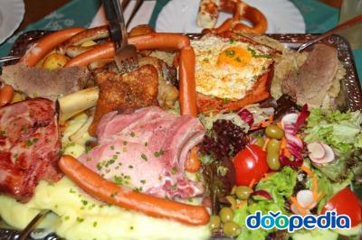 뢰머광장의 레스토랑