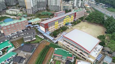 용남초등학교 01