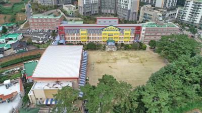 용남초등학교 02