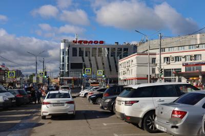 니즈니 노브고로드 역 광장 15
