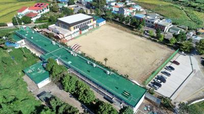 산양중학교