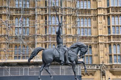 영국의회광장, 사자왕 리처드 동상 04