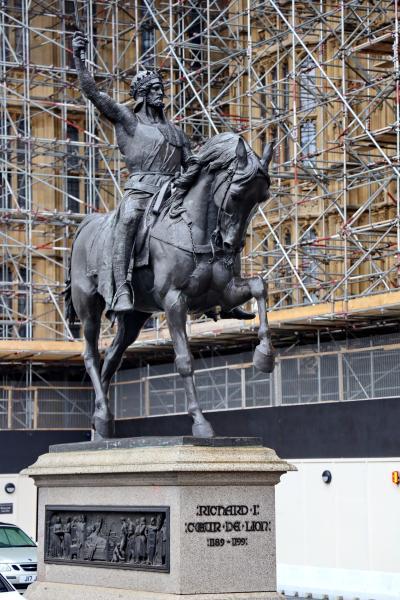 영국의회광장, 사자왕 리처드 동상 01