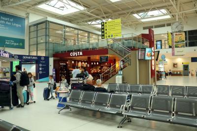 벨파스트국제공항 터미널 02