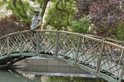 헝가리 의회 위대한 동상  05