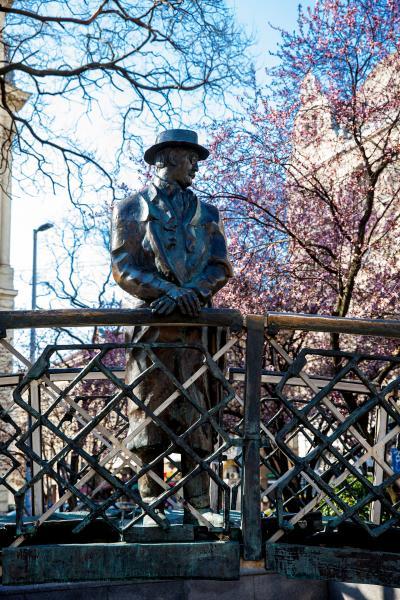 헝가리 의회 위대한 동상  09