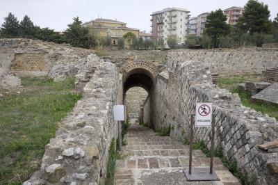 라리노 고고학 유적지 03