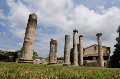 세피움 고대 기둥 유적