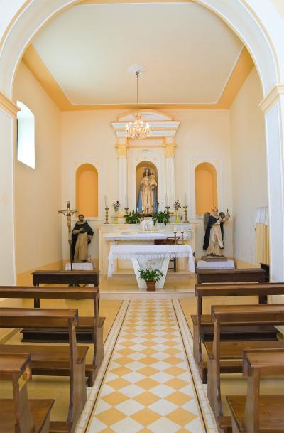 미세리코르디아 디 로카 임페리알레 교회 내부 04