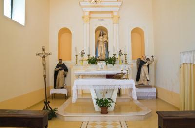미세리코르디아 디 로카 임페리알레 교회 내부 01