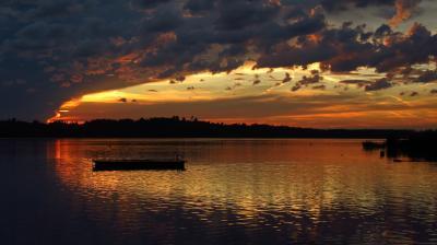 파피콘 호수 석양