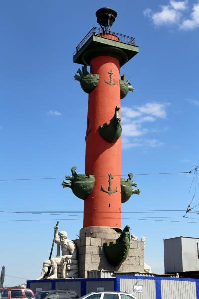 바실리예프스키 섬, 해전 기념 원주 13