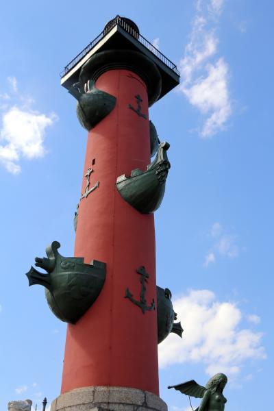바실리예프스키 섬, 해전 기념 원주 15
