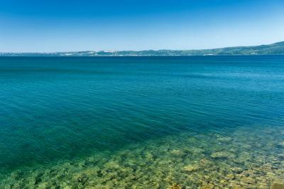 트레비냐노 로마노 브라치오네 호수변 04