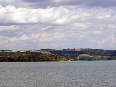 트레비냐노 로마노 브라치오네 호수변 05