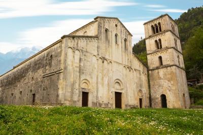 산 리베라토레 아 마이엘라 교회