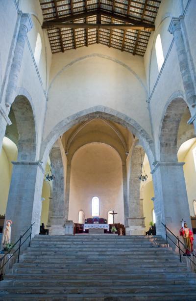 산 조반니 인 베네레 수도원 내부 04