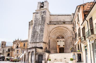 세인트 프란체스코 스카르파 교회