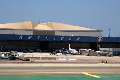 로스앤젤레스 국제공항, 아메리칸 격납고 05