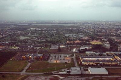 마이애미 국제공항 08L 착륙 02