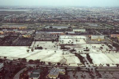 마이애미 국제공항 08L 착륙 03