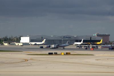 마이애미 국제공항 에이프런 03