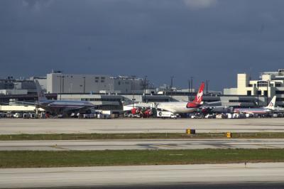 마이애미 국제공항 에이프런 02