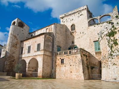 콘베르사노 성