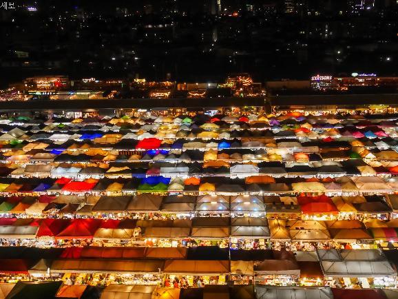 마사지, 밥, 야시장의 연속인 방콕 여행