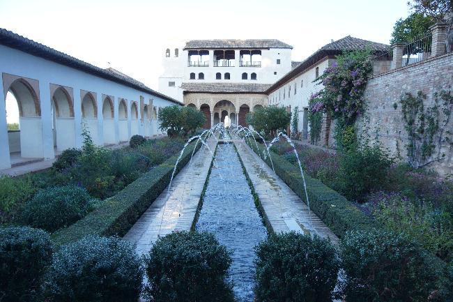 헤네랄리페, 알함브라의 여름궁전