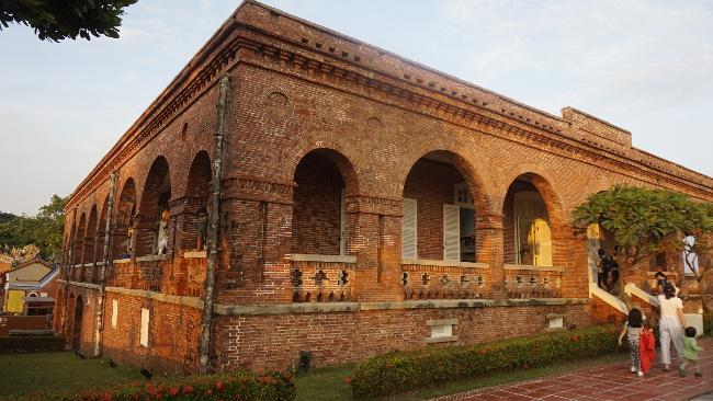 대만 중남부 여행 : 가오슝 충렬사와 영국영사관