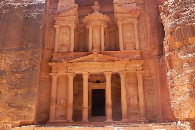 사막과 협곡 속 보물창고, 요르단 페트라
