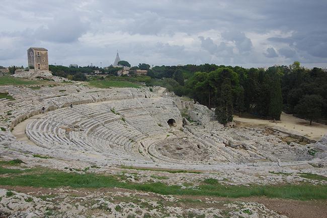 그리스 신화부터 기독교까지 만날 수 있는 곳 시라쿠사
