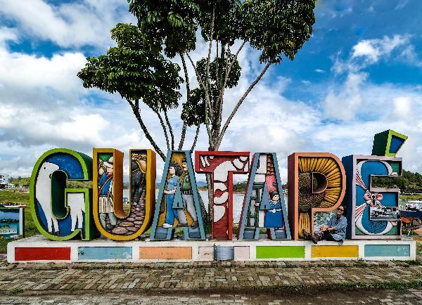 마약왕 파블로 에스코바르의 휴양지, 과타페