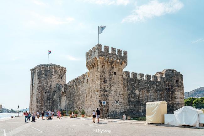 낡은 경유 도시, 트로기르(Trogir)
