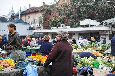 [돌라체 시장(Dolac Market) 상세정보] ▶주소|Dolac 2, 10000, Zagreb, Croatia ▶대표전화|+385 1 6422 501 ▶운영시간|월-토요일 07:00~15:00, 일요일 07:00~13:00 ▶홈페이지|www.trznice-zg.hr