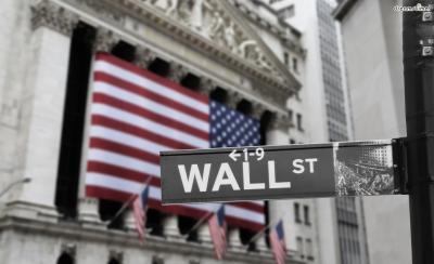 [7] 월스트리트(Wall Street)  '세계 금융시장의 중심지'로 불리는 월스트리트.  세계 제일의 규모를 자랑하는 뉴욕 증권거래소를 비롯,  대증권회사와 은행들이 집중되어 있다.