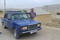 진흙화산 가는 사막길을 달리는 라다 택시