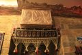 카펫과 그림을 이용한 인테리어(바쿠의 레스토랑)