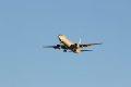 인천공항에 도착하는 대한한공 보잉 737-800