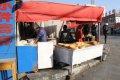 투르판역광장 빵장사