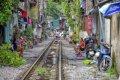 하노이의 도심 속 철로