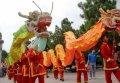 까오 사원 축제에서의 용 춤