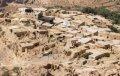 폐허가 된 오래 된 마을