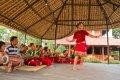 치트완의 댄서와 밴드