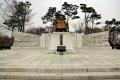 남산공원, 백범광장 이시영동상