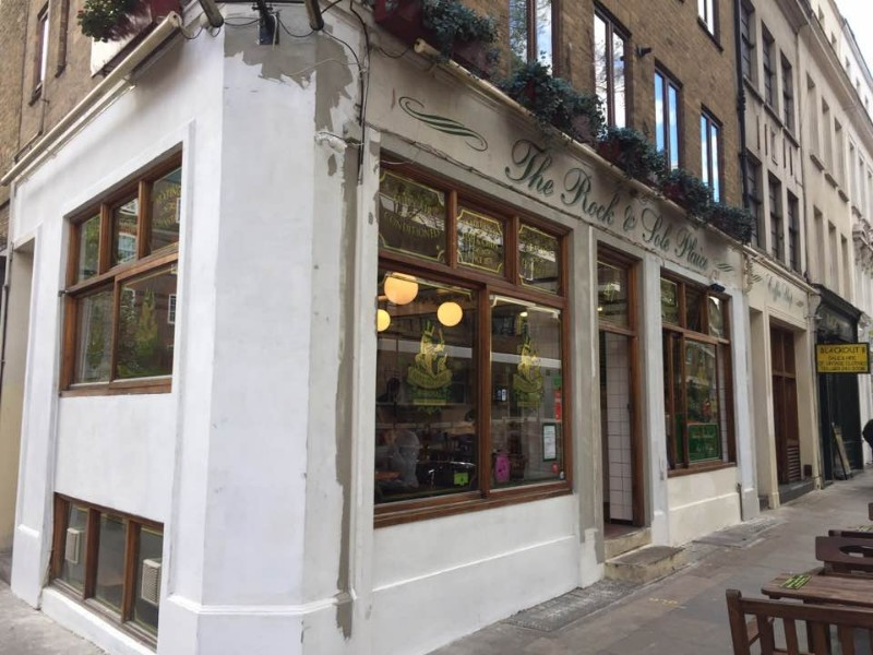 런던에서 맛보는 영국의 전통 음식