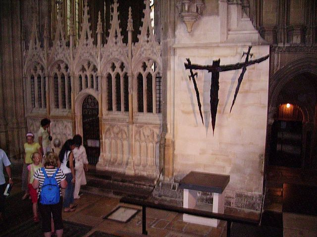Thomas_Becket_in_Canterbury_Cathedral_03.JPG
