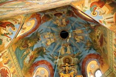 보고야브렌스키 성당 내부 19